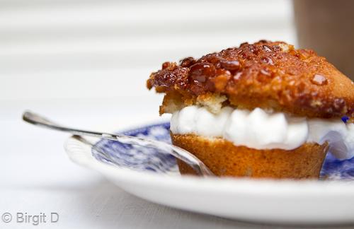 Cashew-Muffin mit Mascarponefüllung